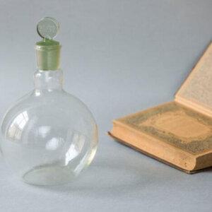 Плоскодонная стеклянная термостойкая лабораторная колба